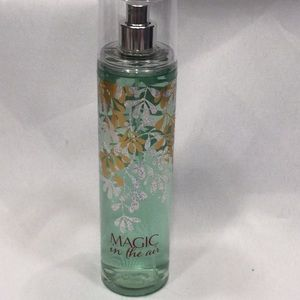 Bath and body works Magic is in the Air mist